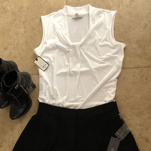 Dana Buchman white lines sleeveless blouse